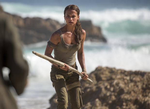Wcielająca się w główną postać Alicia Vikander zdecydowanie udźwignęła ciężar bohaterki i pokazała słynną wojowniczkę z zupełnie innej perspektywy.
