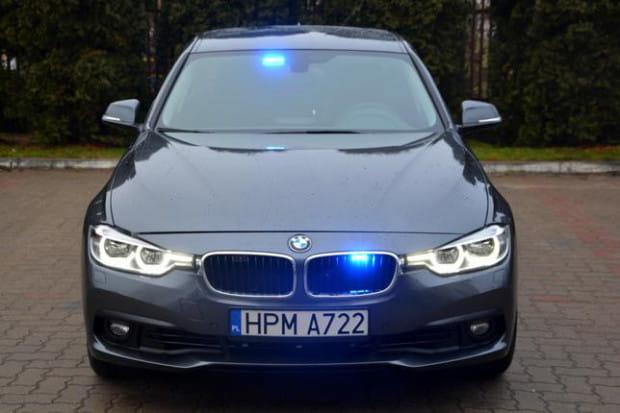 Policjanci jeżdżący nieoznakowanymi BMW mają pełną ręce roboty, nie tylko na obwodnicy.