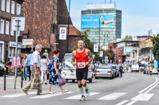 Od godz. 8 do 15 w niedzielę będzie można napotkać na ulicach Gdańska maratończyków.