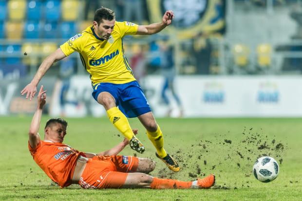Luka Zarandia w ostatnich meczach jest praktycznie jedynym piłkarzem Arki Gdynia, do którego kibice nie mają pretensji. Jego gol w Kielcach daje nadzieje żółto-niebieskim na finał Pucharu Polski.