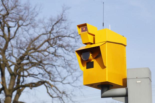 Fotoradary działają na wyobraźnię kierowców, ale niestety... tylko na chwilę.