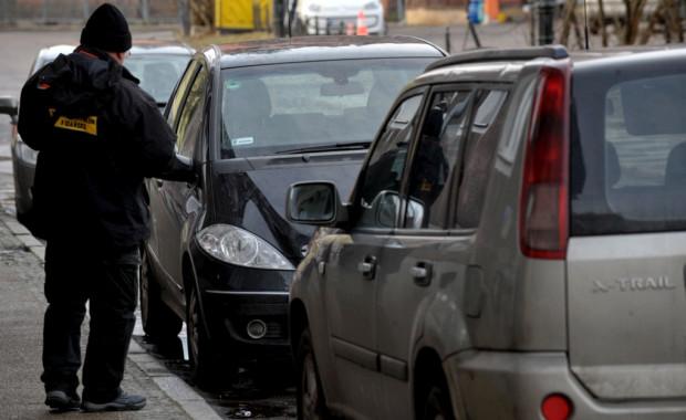 Dotychczas miesięcznie wystawiano ok. 3,2 tys. wezwań za brak opłaty za parkowanie.