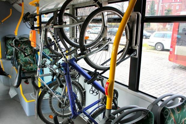 Takie wieszaki mogąniedługopojawić sięw niektórych gdańskich autobusach.