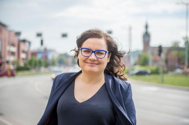 Ewa Lieder, obecnie posłanka Nowoczesnej. Cztery lata temu ubiegała się o fotel prezydenta Gdańska w ramach Gdańska Obywatelskiego zajmując trzecie  miejsce wśród sześciu  pretendentów.