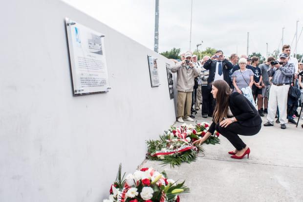 Odsłonięcie tablic poświęconych pamięci Zygfryda Perlickiego i Zbigniewa Puchalskiego.