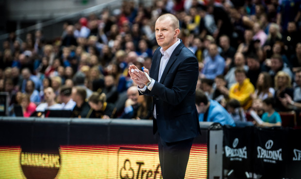 Kontrakt na dwa lata pokazuje, że w Treflu ufają trenerowi Marcinowi Klozińskiemu.