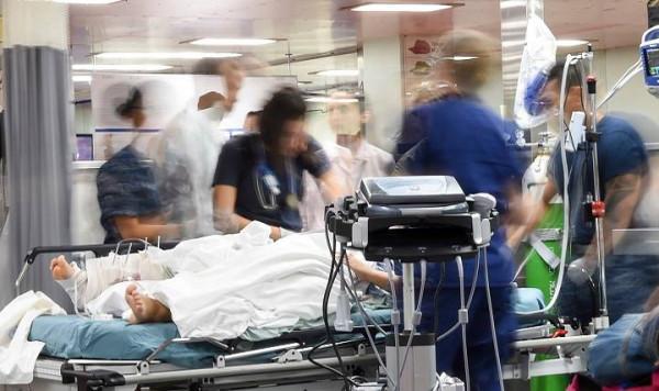 Nerwowa sytuacja na Szpitalnych Oddziałach Ratunkowych nie od dziś daje się we znaki nie tylko pacjentom, ale i pracownikom  SORów. Jednym z najczęściej pojawiających się zarzutów jest długi czas oczekiwania na diagnozę, na co uskarża się również nasz czytelnik, pan Paweł - niedawny pacjent jednego z trójmiejskich SORów.