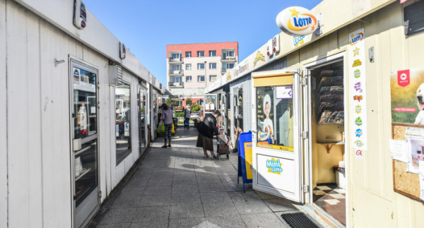 Zgodnie z wolą członków spółdzielni rynek na Karwinach ma funkcjonować przy ul. Korzennej jeszcze przez lata.