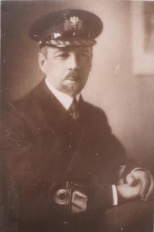 Kontradmirał Wacław Kłoczkowski służył we flotach Rosji, Ukrainy - po odzyskaniu niepodległości - Polski.