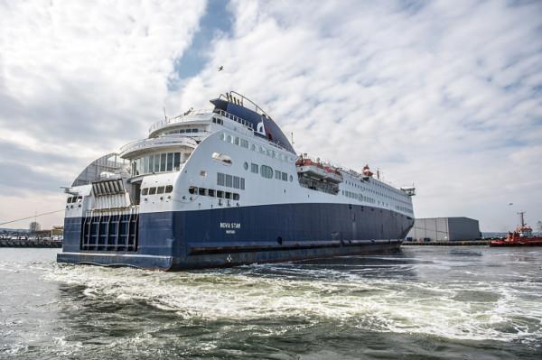 """""""Nova Star"""" jeszcze niedawno pływał na linii z Maroka do Hiszpanii."""