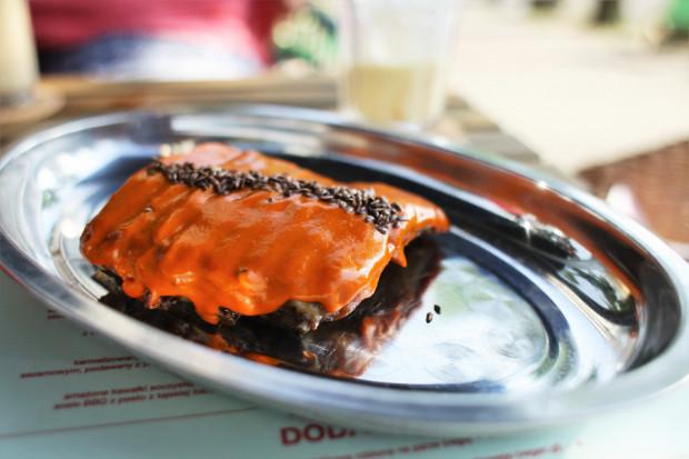 Żeberko z grilla w czerwonym curry