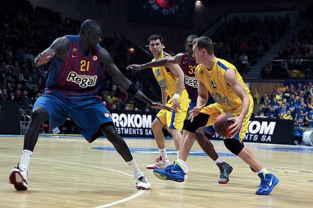 FC Barcelona gościła w Gdynia Arenie podczas rozgrywek Euroligi w grudniu 2011 roku. Rozgromiła wówczas Asseco 76:45