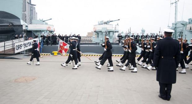 Marynarka Wojenna i całe wojsko zaprasza 15 sierpnia do wspólnego świętowania.