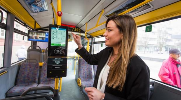 Od marca podobny system z powodzeniem funkcjonuje w pojazdach komunikacji miejskiej we Wrocławiu.