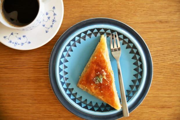 Baklava w towarzystwie czarnej kawy