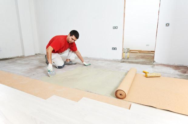 Zakup nowego mieszkania oznacza, że w całości trzeba będzie je wykończyć i wyposażyć.