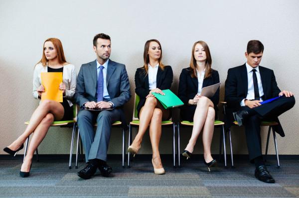 Pierwsze rozmowy rekrutacyjne mogą być bardzo stresujące. Ważne, żeby dobrze się do nich przygotować.