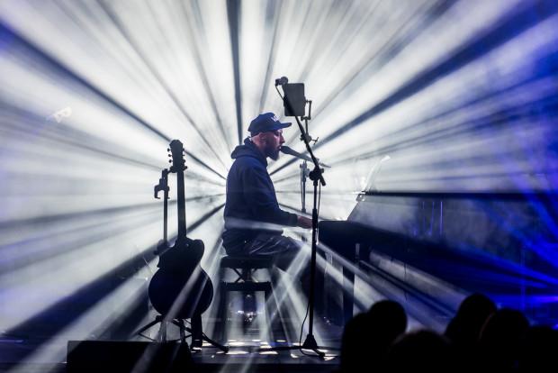 Ballady Korteza również cieszą się niesłabnącą popularnością. W ostatnich tygodniach muzyk koncertował w Trójmieście czterokrotnie, a jesienią wróci na kolejny występ.