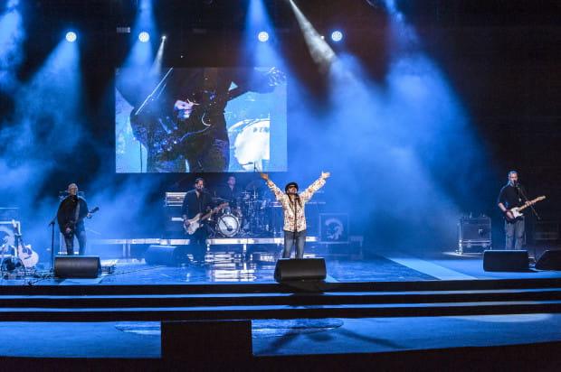Sobotni koncert rozpoczął się godzinnym występem zespołu Golden Life.