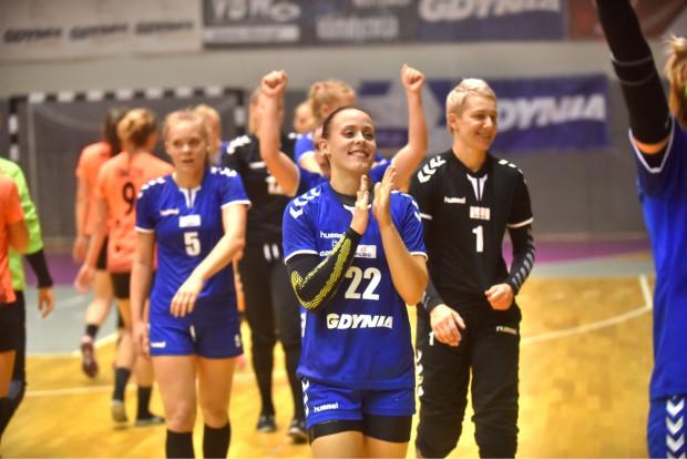 Kinga Gutkowska rzuciła 10 bramek w pierwszym zwycięskim meczu Arki.