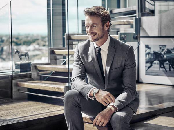 Dodatki w męskiej garderobie powinny być eleganckie i dodawać charakteru każdej stylizacji, zarówno eleganckiej jak i codziennej.