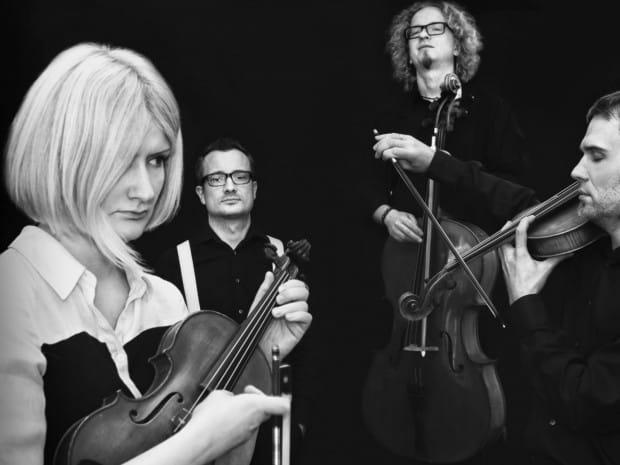 Inicjatorem i pomysłodawcą festiwalu NeoArte - Syntezator Sztuki jest zespół NeoQuartet, który specjalizuje się w wykonawstwie muzyki nowej.