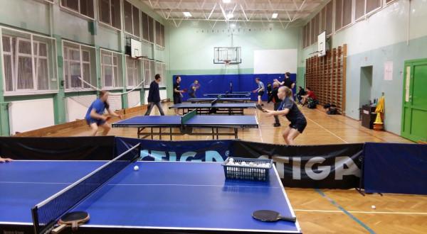Zajęcia tenisa stołowego prowadzone są w sali gimnastycznej SP nr 8 w Sopocie.