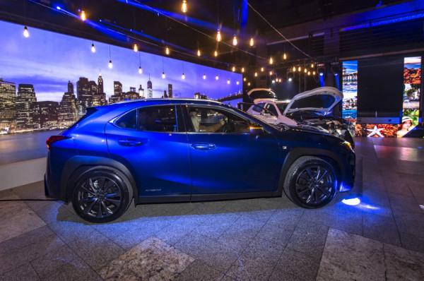 Premiera Lexusa UX w Starym Maneżu.