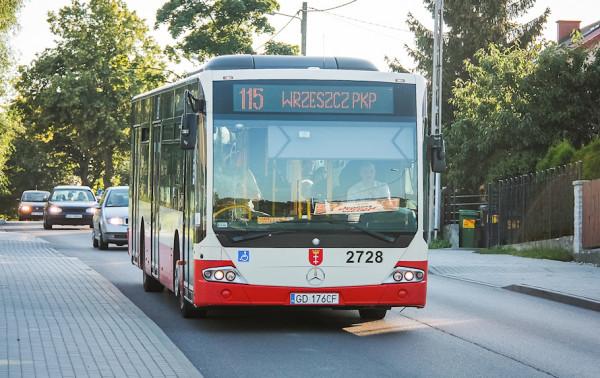 """Duże zmiany czekają pasażerów linii 115, na której docelowo mają się pojawić również """"przegubowce""""."""