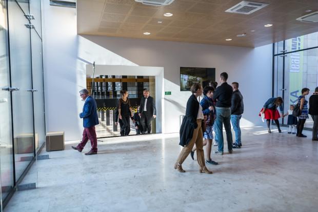 Otworzono na stałe łącznik między foyer Dużej Sceny a Starą Apteką - to jedno z wejść na widownię nowej sceny.