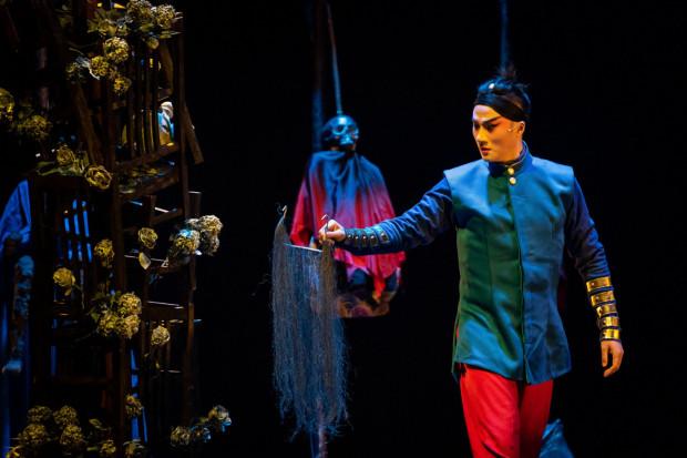 """Gwiazdor opery Kunqu Zhang Jun zagrał """"Hamleta"""" Szekspira łącząc tradycję opery chińskiej i uniwersalny przekaz teatralny, zrozumiały dla każdego."""