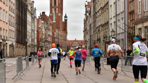Gdańsk Maraton pozwala poznać najbardziej znane miejsca turystyczne  w Gdańsku.