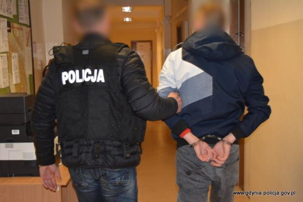 Mężczyznę zatrzymano w piątek na lotnisku w Gdańsku.