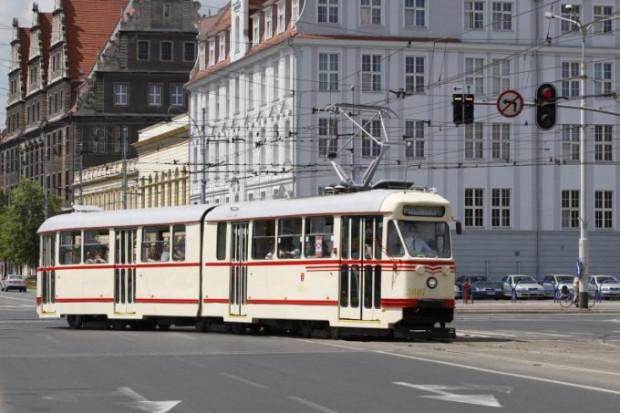 W środę wieczorem wypatrujcie takiego tramwaju. Na pokładzie będą haloweenowi przebierańcy, a za przejazd nie trzeba będzie kasować biletu.