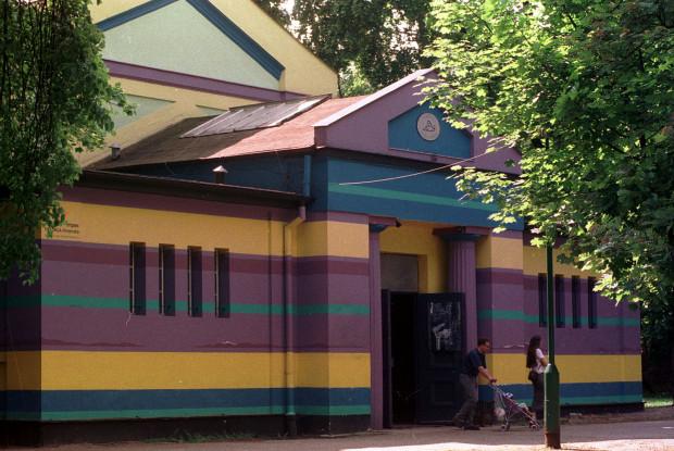 Klub Sfinks mieści się w pawilonie dawnej galerii sztuki w pasie nadmorskim Sopotu. Tak wyglądał na przełomie wieków.