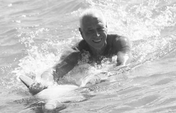 Takiego Marka Bąka zapamiętamy - uśmiechniętego, sypiącego zabawnymi powiedzonkami.