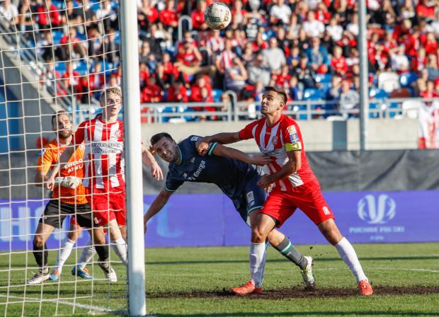 W dużej mierze to Artur Sobiech skruszył defensywę Resovii. Najpierw zaliczył asystę, a drugiego gola sam strzelił.