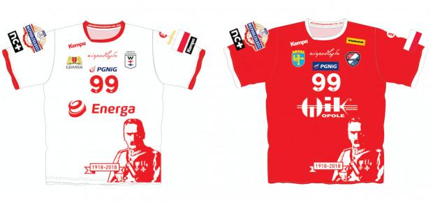 W takich koszulkach wystąpią piłkarze ręczni w niedzielę. Z lewej Wybrzeże Gdańsk, z prawej Gwardii Opole.