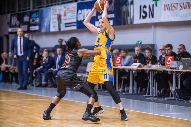 Aldona Morawiec wróciła do gry po niemal 11 miesiącach przerwy. Niestety nie udało się jej pomóc Arce w pokonaniu mistrza Polski.