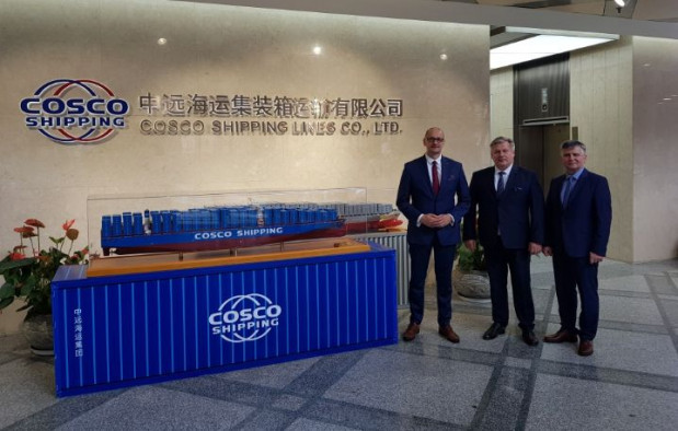 Zarząd Morskiego Portu Gdynia rozmawiał m.in. z jednym z największych operatorów oceanicznych, firmą COSCO.