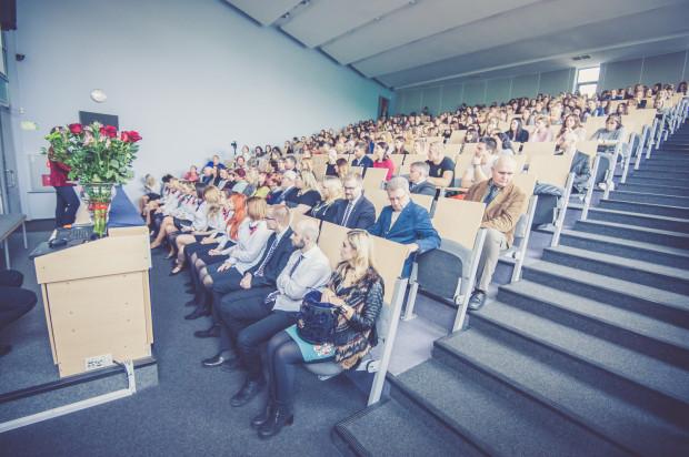 Podczas III edycji Jesiennych Spotkań ze Zdrowiem aula Wyższej Szkoły Zdrowia była wypełniona do ostatniego miejsca.