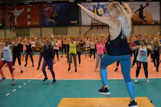 Maraton zumby w szczytnym celu odbędzie się w hali miejskiej przy ul. Kołobrzeskiej w Gdańsku.