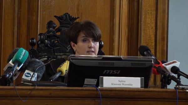 Sędzia Sądu Okręgowego Weronika Klawonn przedstawia ustne uzasadnienie wyroku.