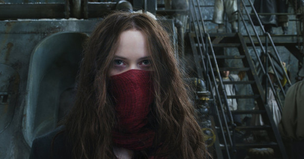 Hester (Hera Hilmar) wciąż nie potrafi rozliczyć się z przeszłością i szuka zemsty na Thaddeusie (Hugo Weaving). Na jej drodze przypadkowo staje Tom (Robert Sheehan). Oboje wkrótce, poza wspólną sprawą, połączy uczucie.