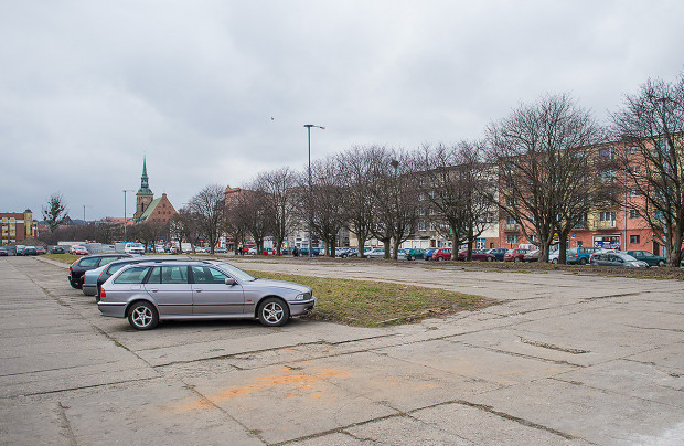 Miejsce planowanego parkingu kubaturowego przy ul. Długie Ogrody