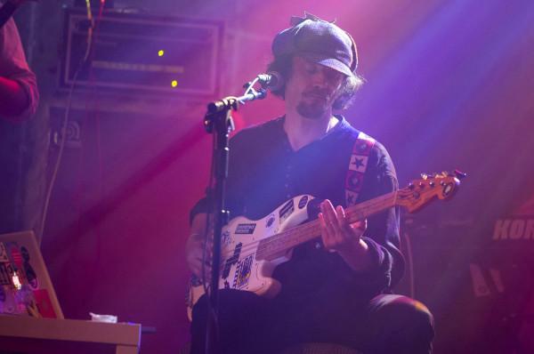 Liderem tegorocznej odsłony Pure Phase Ensemble został Will Carruthers - dawniej muzyk m.in. Spacemen 3 i Spiritualized.
