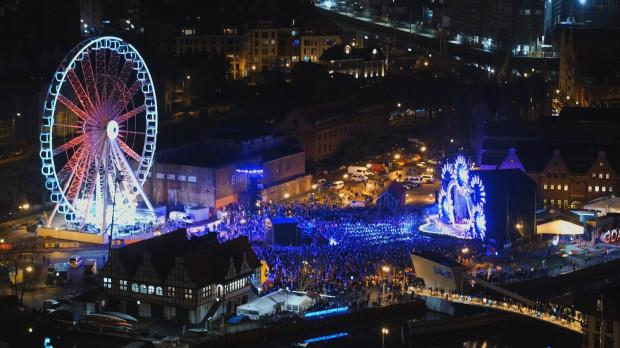 W mikołajkowym koncercie udział wzięło kilka tysięcy widzów.