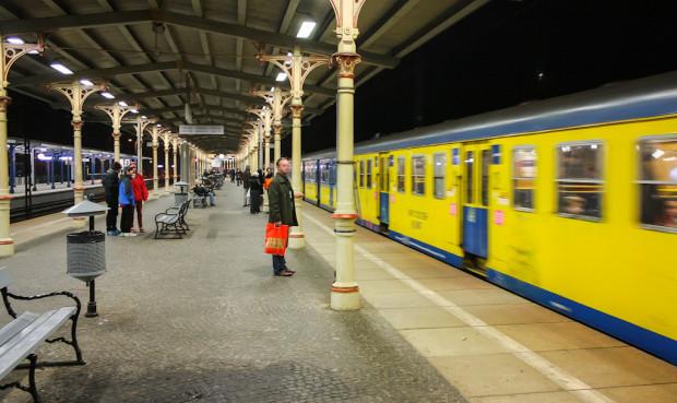 Z biletów kwartalnych korzystali pasażerowie, którzy w pewnym sensie zapewniali, że będą stale podróżować SKM-ką.