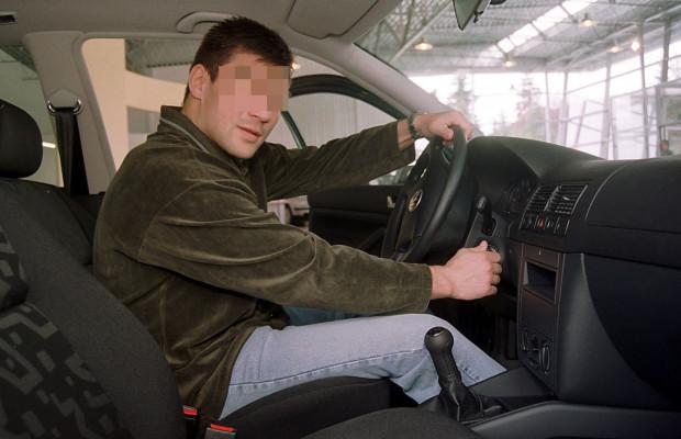 Dariusz M. stracił prawo jazdy i stanie przed sądem za jazdę samochodem w stanie nietrzeźwości. Były bokser przekonuje, że wynik 0,26 promila uzyskał dzięki zażyciu kropli miętowych.