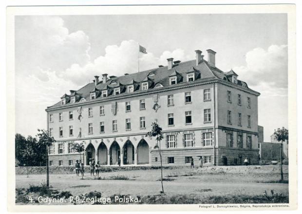 Budynek biurowy Żeglugi Polskiej przy ul. Waszyngtona, fot. Leonard Durczykiewicz, 1932 r.